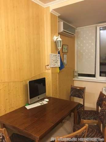 Фото 3 - Продам квартиру Киев, Вышгородская ул.