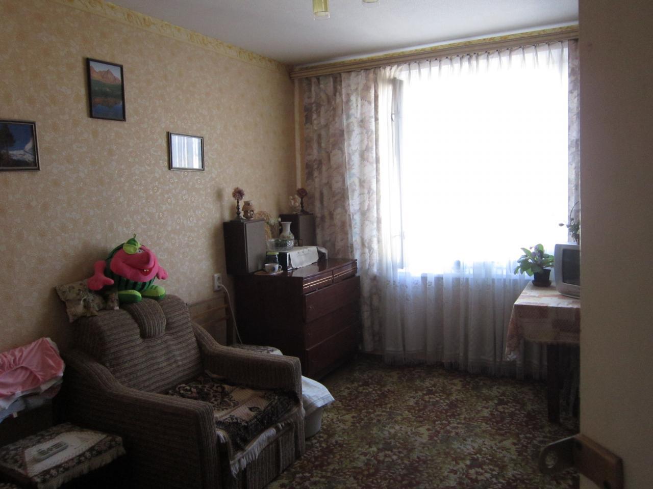 Фото - Продам квартиру Харьков, Гвардейцев Широнинцев ул.