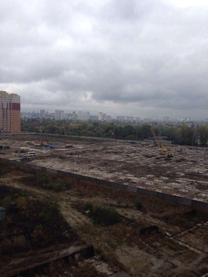 Фото - Продам квартиру Киев, Драгоманова ул.