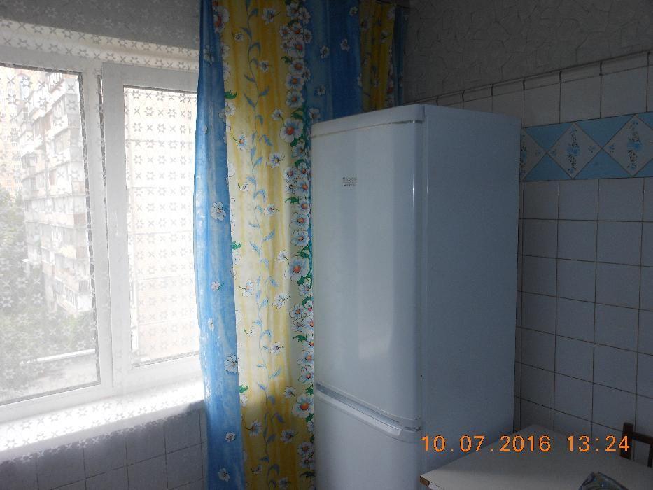 Фото 2 - Продам квартиру Киев, Луначарского Анатолия пл.