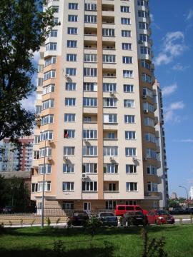 Фото - Продам квартиру Киев, Феодосийская ул.
