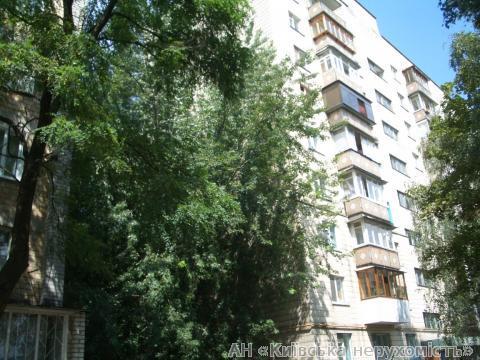 Фото 2 - Продам квартиру Киев, Ушинского ул.