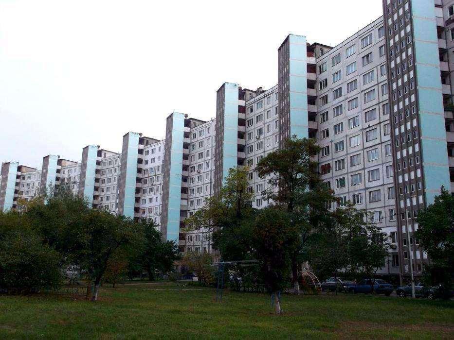 Фото - Продам квартиру Киев, Малышко Андрея ул.