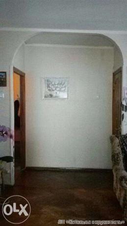 Фото 2 - Продам квартиру Киев, Саратовская ул.