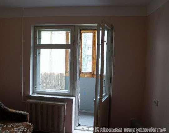 Фото 2 - Продам квартиру Киев, Лукьяновская ул.