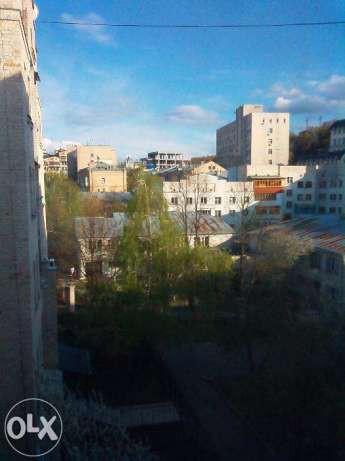 Фото 2 - Продам квартиру Киев, Юрковская ул.