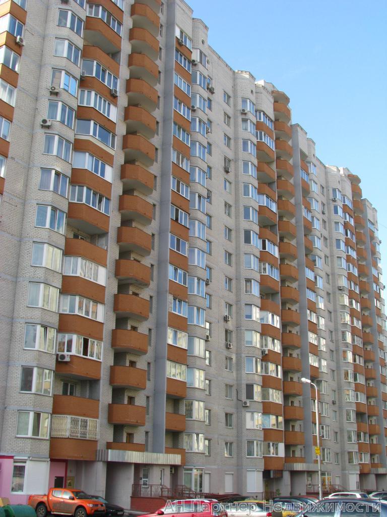 Фото - Продам квартиру Киев, Ахматовой Анны ул.