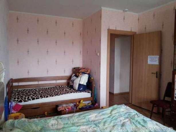 Фото 2 - Продам квартиру Киев, Олевская ул.