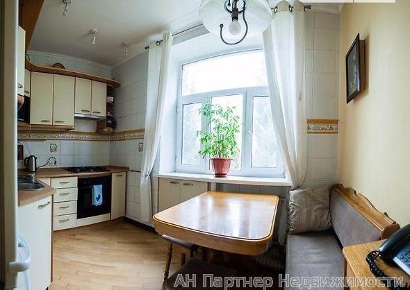 Фото 4 - Продам квартиру Киев, Лейпцгская ул.