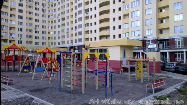 Фото - Продам квартиру Киев, Трутенко Онуфрия ул.