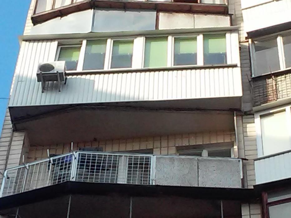 Фото 5 - Продам квартиру Киев, Березняковская ул.