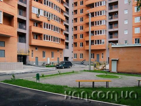 Продам квартиру Харьков, Целиноградская ул. 4