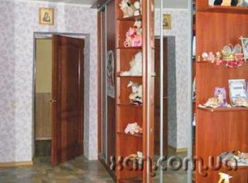 Продам квартиру Харьков, Тобольская ул. 3