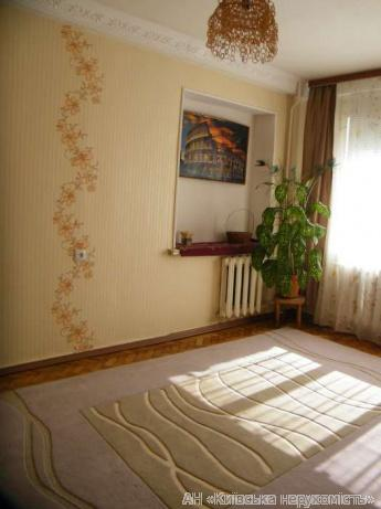 Фото 2 - Продам квартиру Киев, Коломыйский пер.