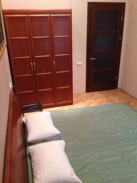Фото 4 - Продам квартиру Киев, Малоподвальная ул.