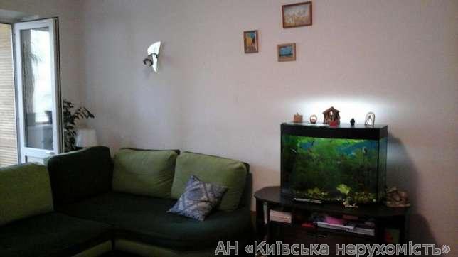 Фото - Продам квартиру Киев, Братиславская ул.