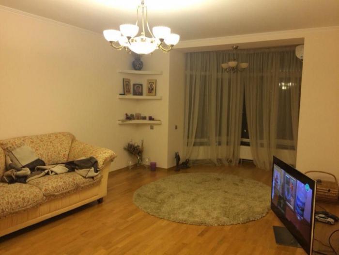 Фото 2 - Продам квартиру Киев, Голосеевская ул.