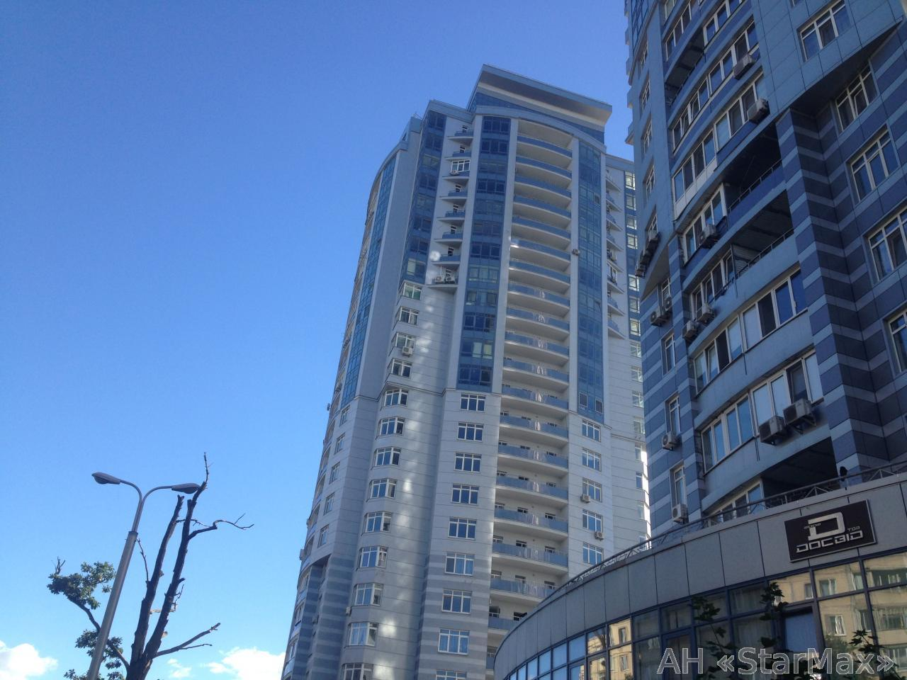 Фото - Продам квартиру Киев, Ушакова Николая ул.