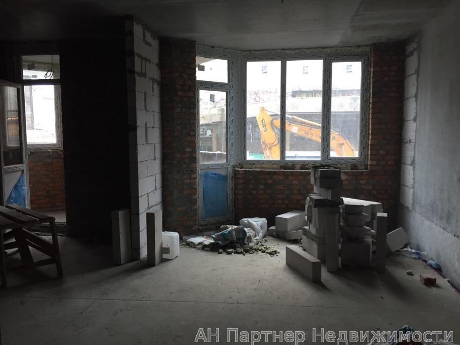 Фото 3 - Продам квартиру Киев, Коперника ул.