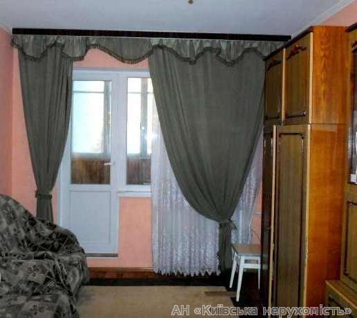 Фото 3 - Продам квартиру Киев, Бориспольская ул.