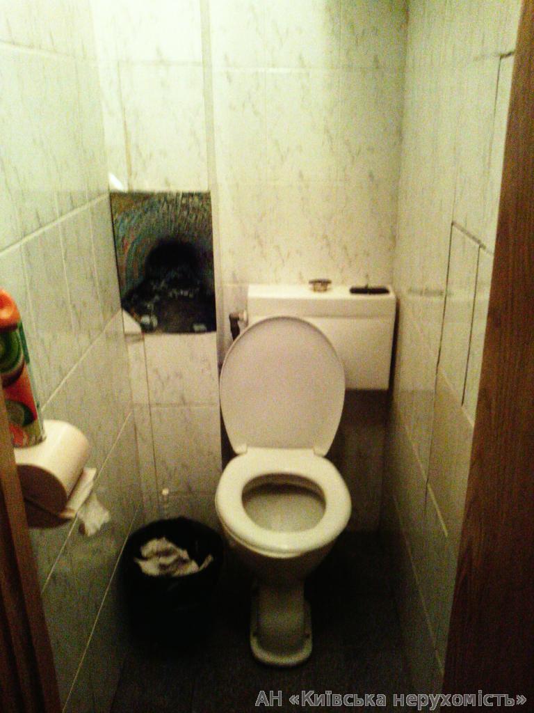 Фото 4 - Продам квартиру Киев, Дружбы Народов бул.