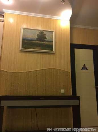 Фото 5 - Продам квартиру Киев, Вышгородская ул.