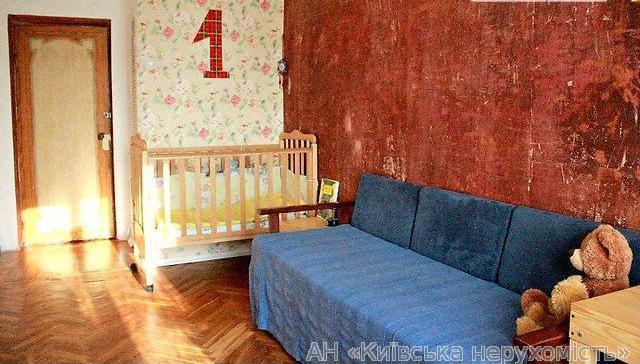 Фото - Продам квартиру Киев, Верховного Совета бул.