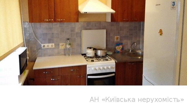 Фото 4 - Продам квартиру Киев, Антонова Авиаконструктора ул.