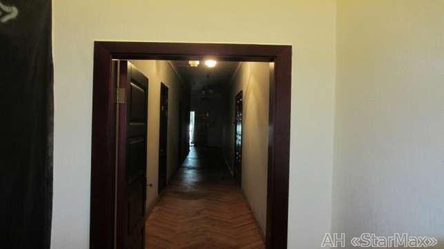 Продам офисное здание Киев, Большая Васильковская ул. 4