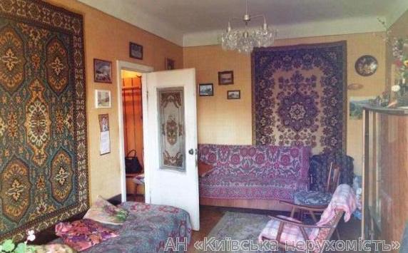 Продам квартиру Киев, Преображенская ул. 4