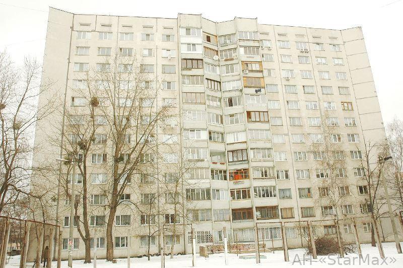 Продам квартиру Киев, Юры Гната ул. 5