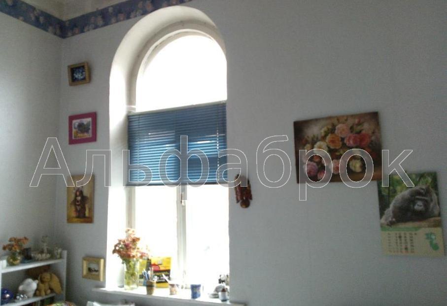 Продам квартиру Киев, Гоголевская ул. 3