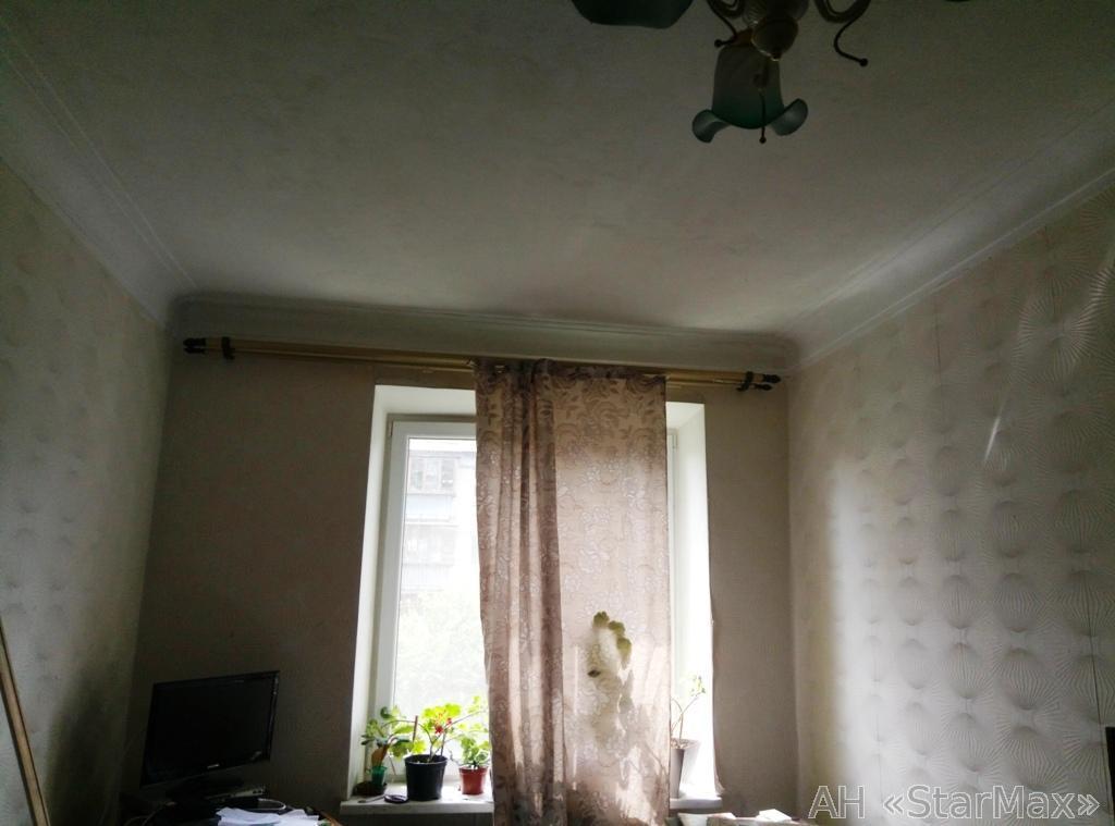 Продам квартиру Киев, Симферопольская ул. 4