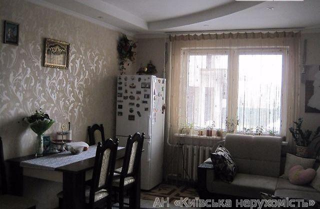 Продам квартиру Киев, Лаврухина Николая ул. 4