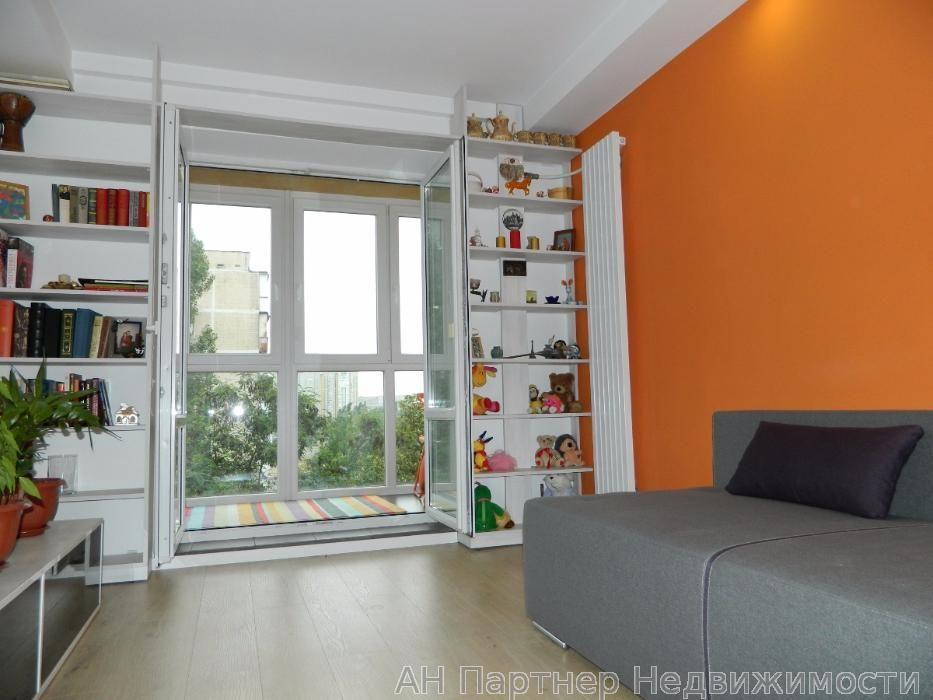 Продам квартиру Киев, Березняковская ул.