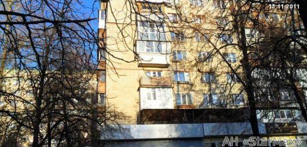Фото 3 - Продам квартиру Киев, Кирилловская ул.