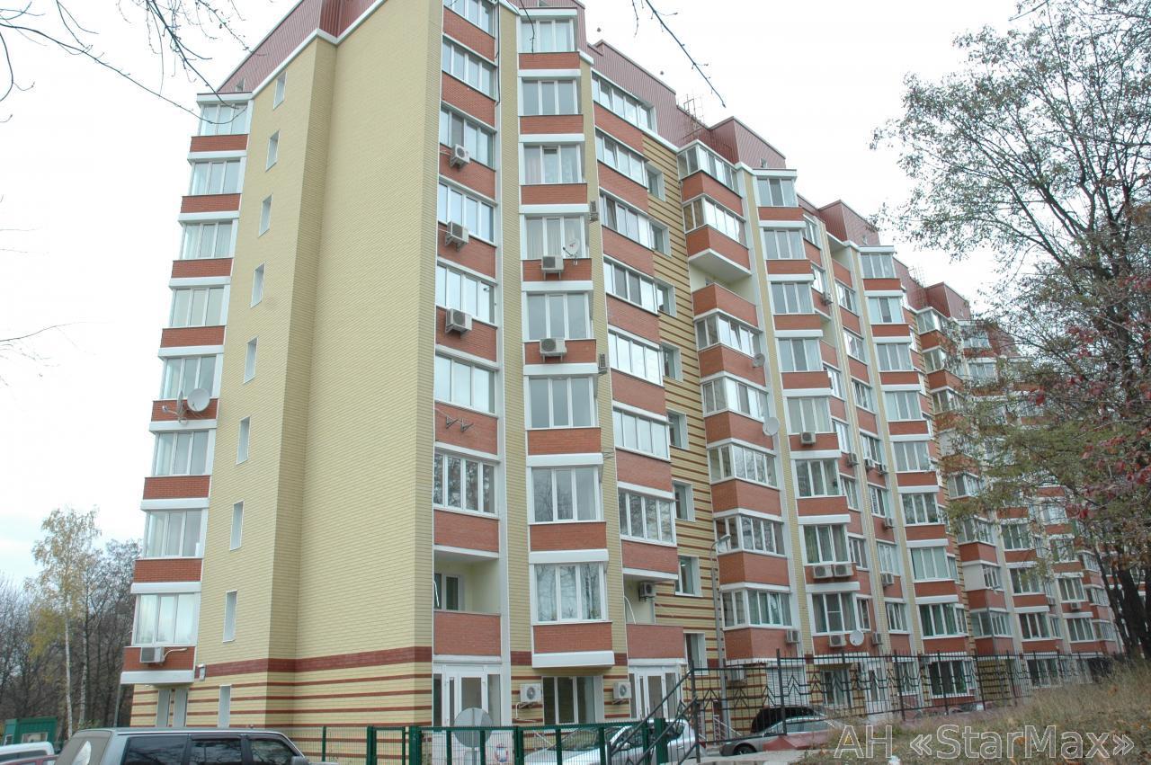 Продам квартиру Киев, Салютная ул. 3