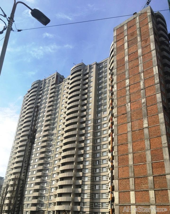 Фото 2 - Продам квартиру Киев, Сагайдака Степана ул.