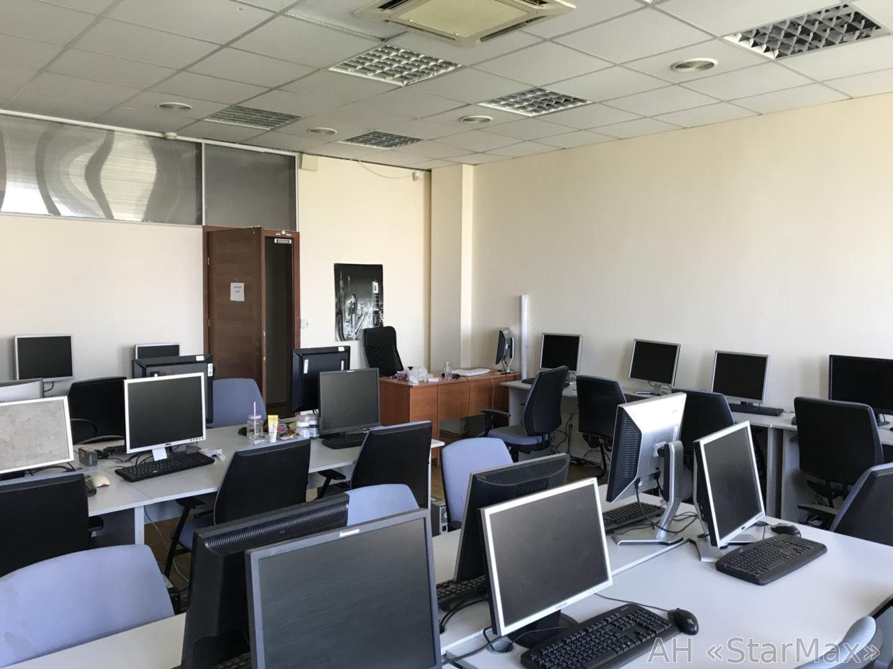Сдам офисное помещение Киев, Хмельницкого Богдана ул.