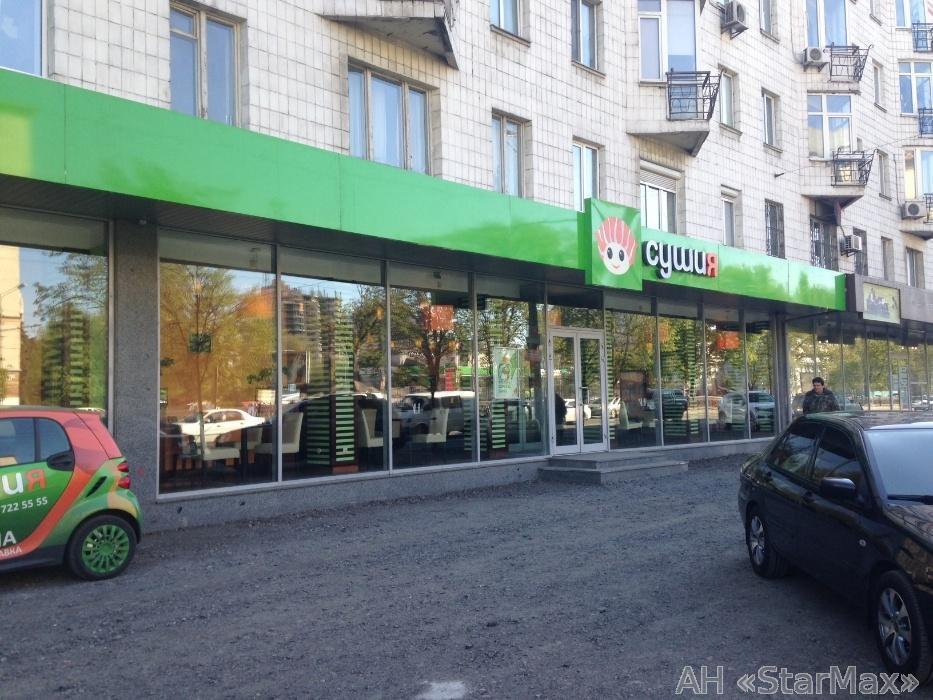 Продам торговое помещение Киев, Победы пр-т 2