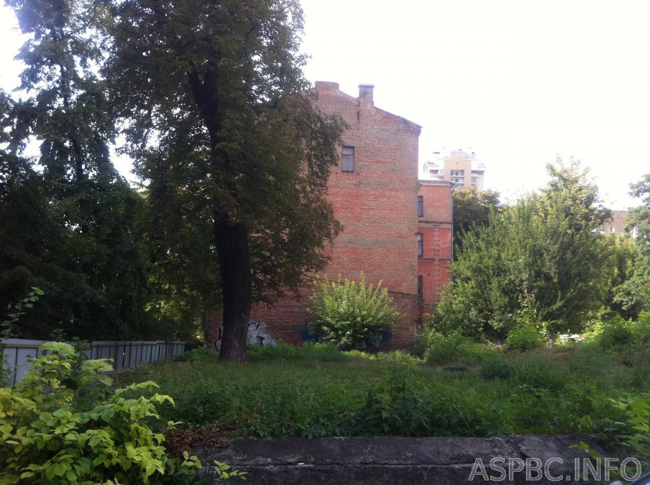 Фото 3 - Продам участок под застройку жилой недвижимости Киев, Жилянская ул.