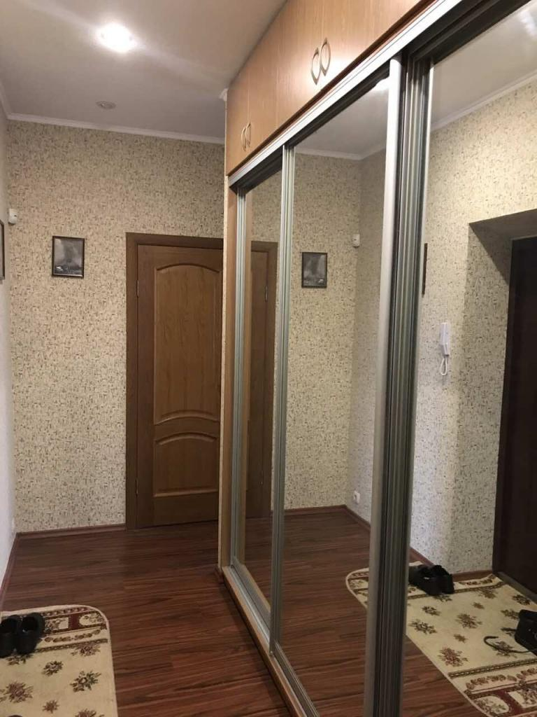 Продам квартиру Киев, Дружбы Народов бул. 5