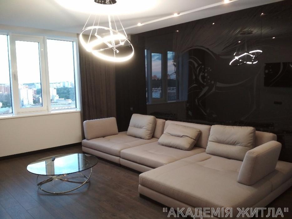 Сдам квартиру Киев, Саксаганского ул.