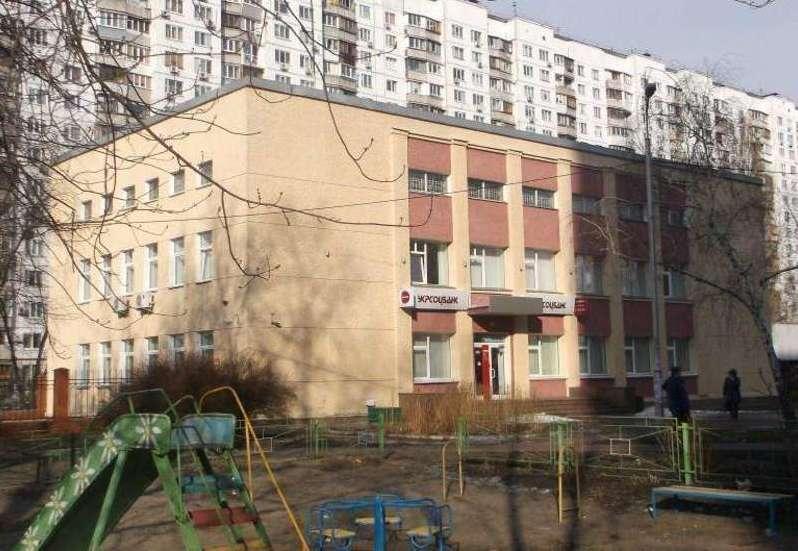 Продам офисное здание Киев, Героев Сталинграда пр-т