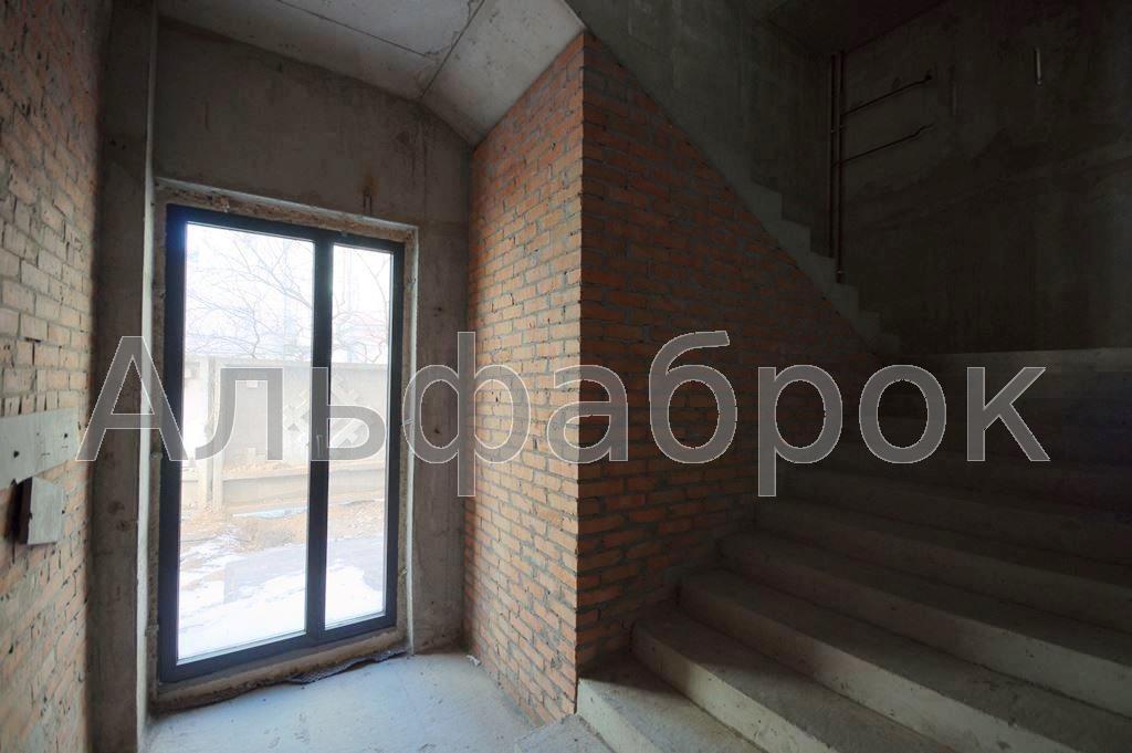 Продам офисное здание Киев, Мельникова ул. 5