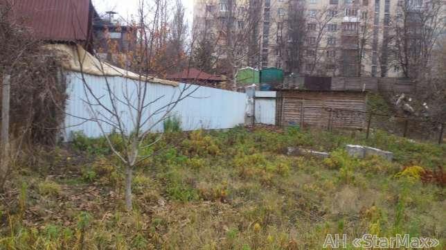 Продам участок под застройку жилой недвижимости Киев, Крымская ул. 3