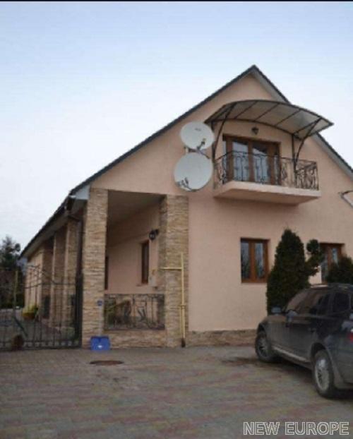Продам дом Киев, Корчеватская ул.