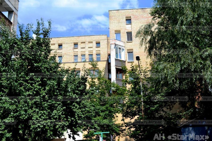 Фото 2 - Продам квартиру Киев, Еленовская ул.