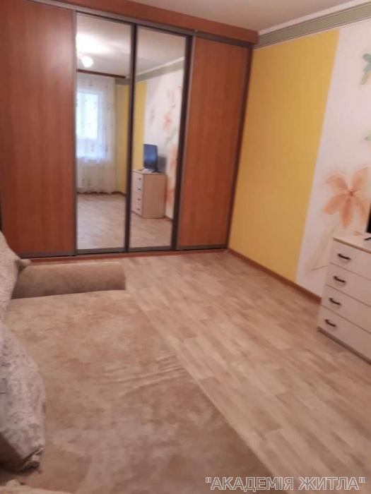 Сдам квартиру Киев, Лятошинского ул.