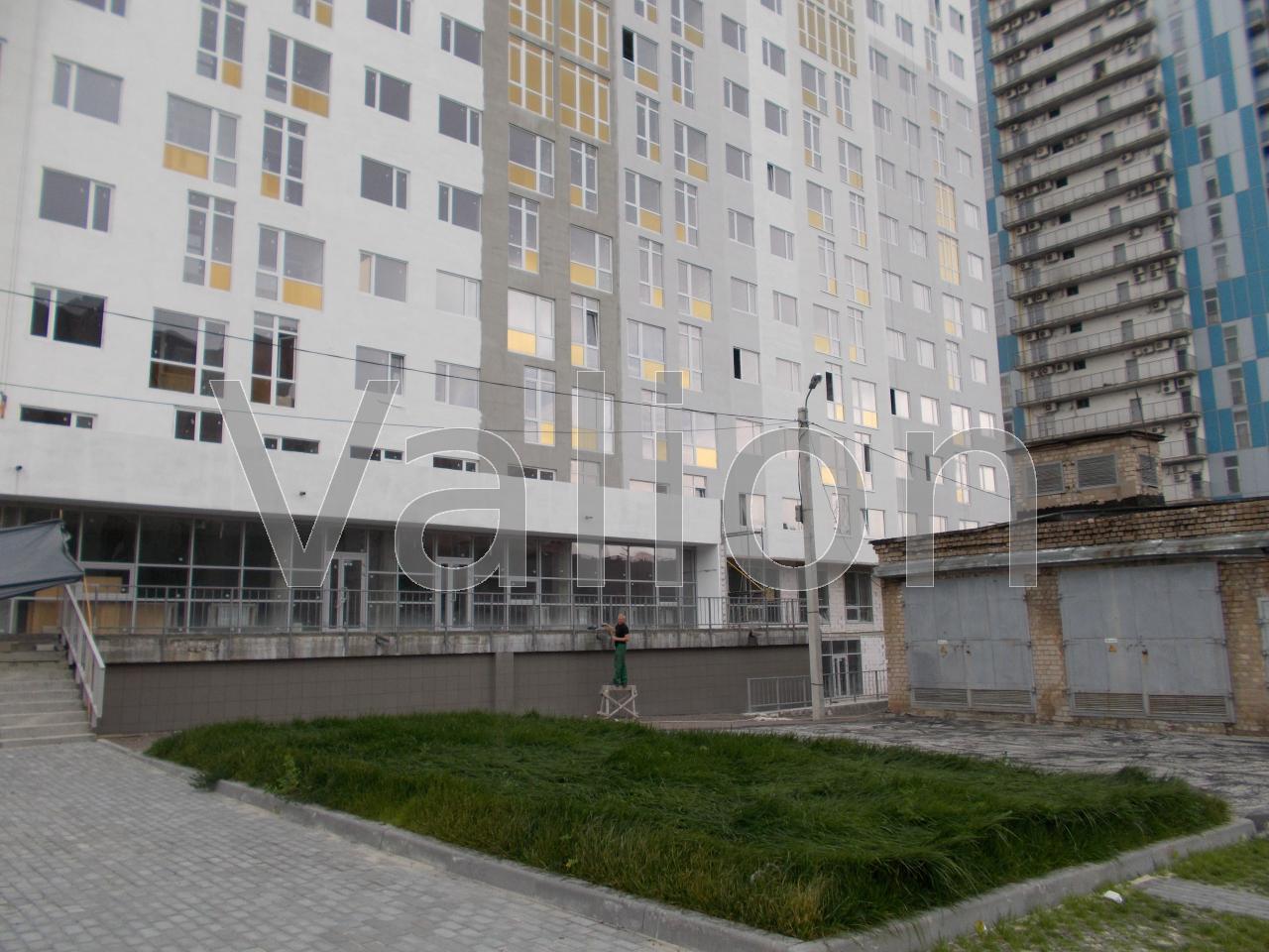 Продам офис в многоквартирном доме Харьков, Отакара Яроша ул.